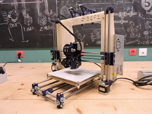 Ατομικό εργαστήριο κατασκευής τρισδιάστατου εκτυπωτή (3d printer) Fixers Prusa i3